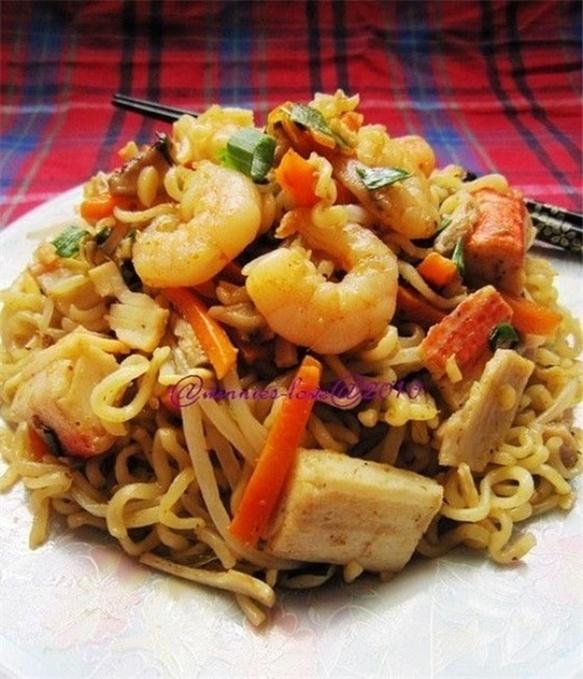 泰式海鲜炒方便面